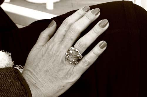 el anillo de doña alba